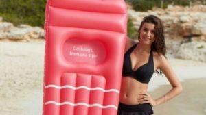 speciaal luchtbed voor vrouwen met grote borsten