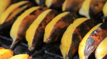 Banaan met chocolade en Licor 43