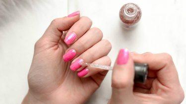 nagels breken af tips sterke nagels