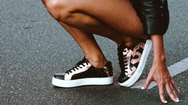 Welke sneaker bij jou past op basis van je sterrenbeeld