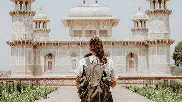 reizen vrouw geld sparen