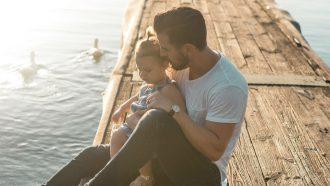 waarom vaders van jonge kinderen zo goddamn aantrekkelijk zijn