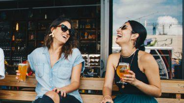 5 x waarom vriendinnen die je niet iedere week ziet vriendinnen voor altijd zijn