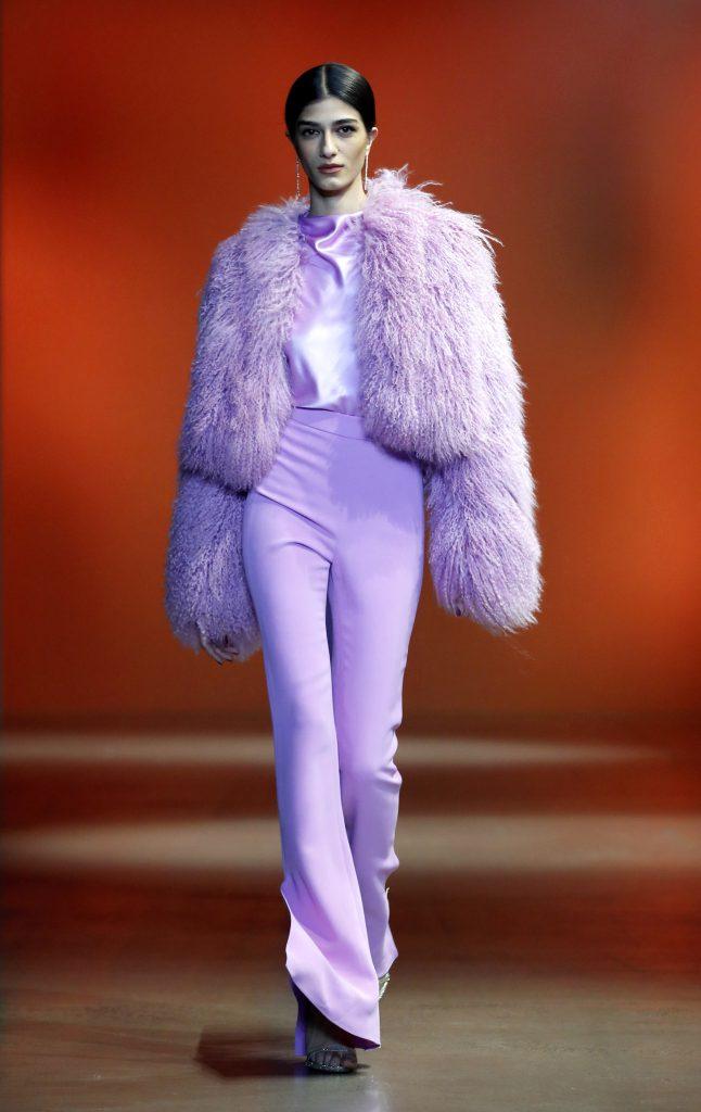 Paarse tinten modekleur herfst 2019