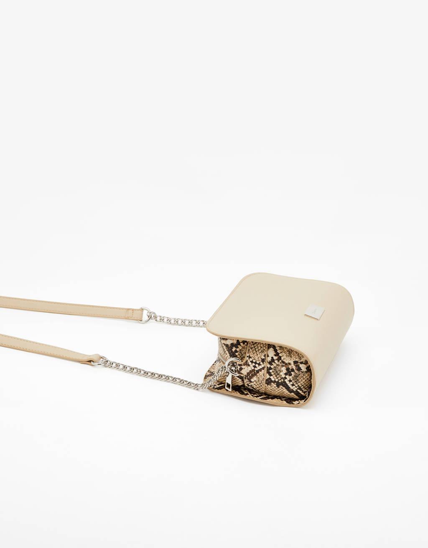 Bershka tas met slangenprint
