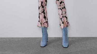 broek met splitjes modetrend