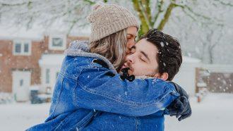 februari daten romantisch koppel